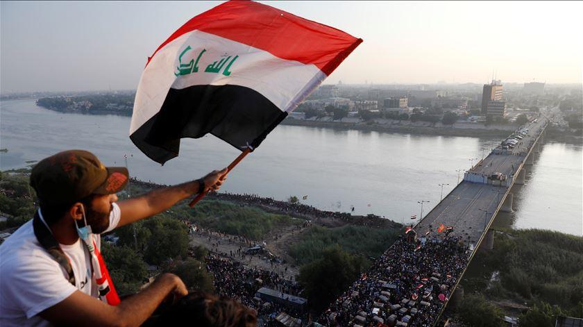 """Manifestações no Iraque. """"Somos uma nação que ama a vida"""""""