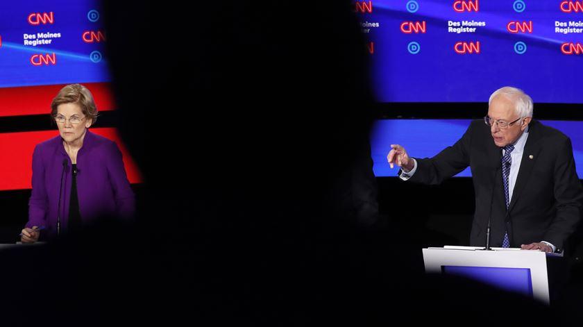 Pode uma mulher ser Presidente dos Estados Unidos? Trump acredita em Bernie