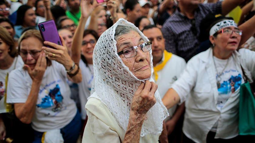 Imagem de Nossa Senhora de Fátima recebida por centenas de católicos na Nicarágua