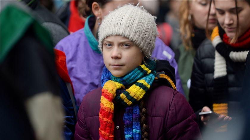 Clima. Centenas manifestam-se em Bruxelas com ativista Greta Thunberg