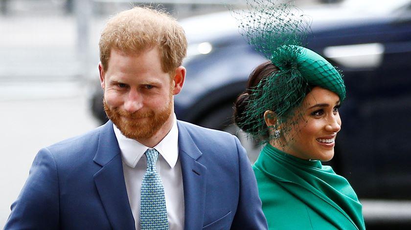 A despedida de Harry e Meghan. Duques de Sussex cumprem última aparição oficial