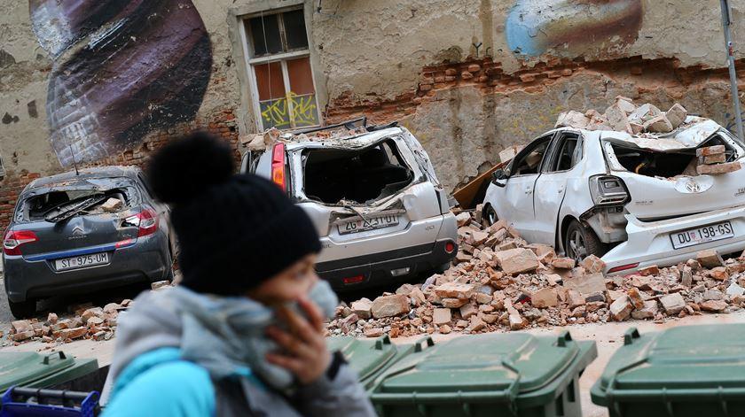 Forte sismo de magnitude 5,3 na escala de Richter abala a capital da Croácia