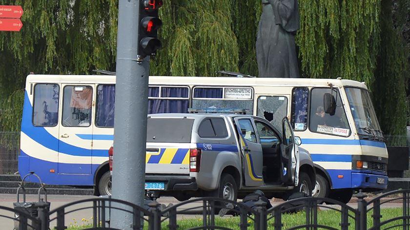 Ucrânia. Sequestrador rende-se após obrigar Presidente a promover documentário sobre direitos dos animais