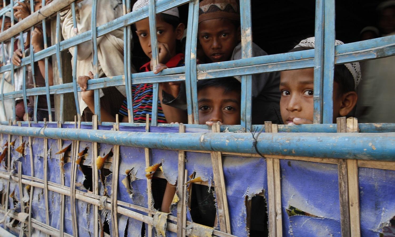 Refugiados rohingya vão poder regressar a Myanmar