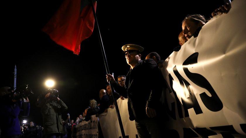 O protesto, que começou com 40 minutos de atraso, terminou por volta das 21h