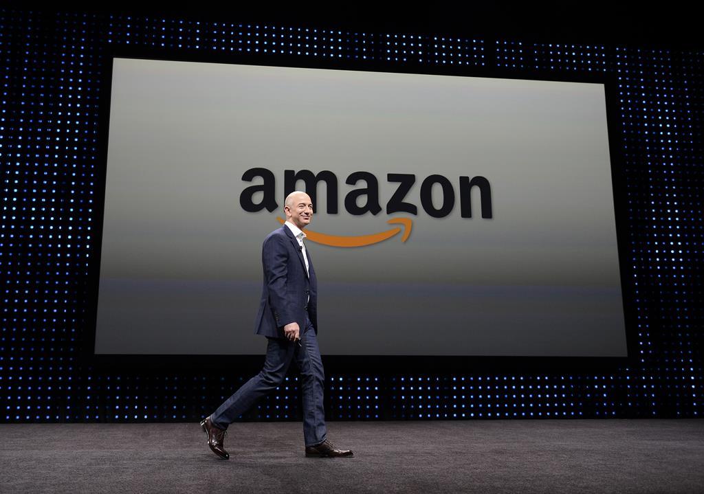 Fortuna de Jeff Bezos, fundador da Amazon, aumentou 64 mil milhões em ano de pandemia. Foto: Michael Nelson/EPA
