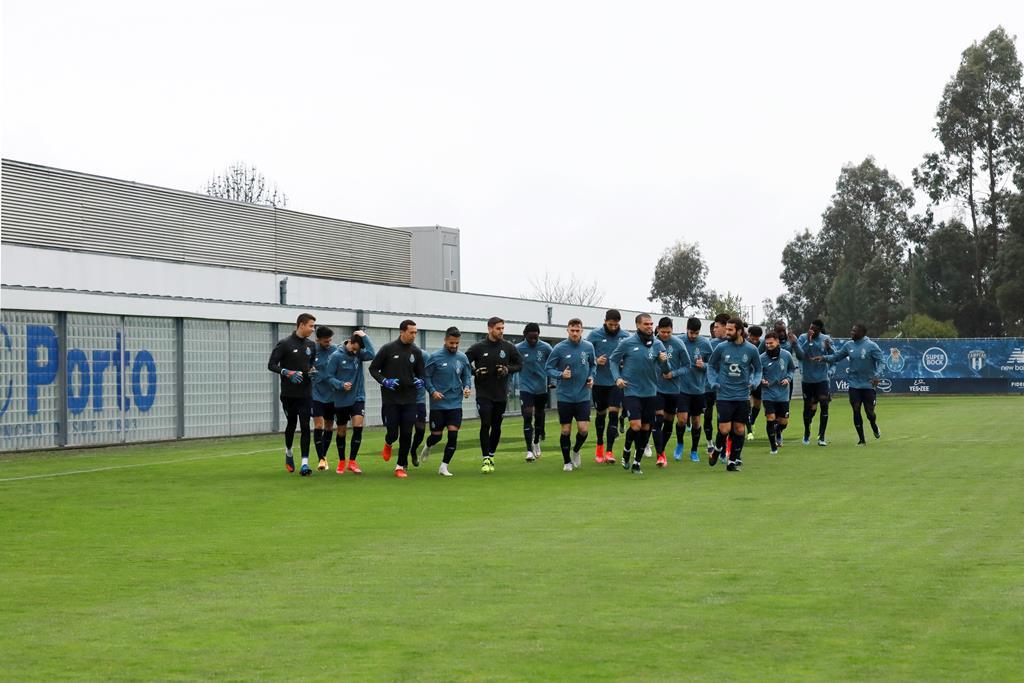 Sérgio Conceição conta com grupo alargado em Turim, para o jogo com a Juventus Foto: Estela Silva/Lusa