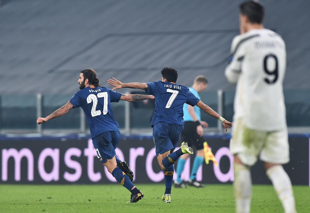 FC Porto e Chelsea discutem hoje uma vaga na meia-final da Champions. Foto: Alessandro Di Marco/EPA