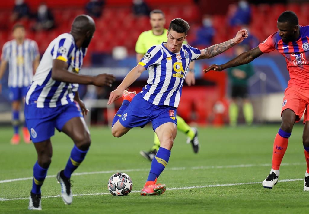 O FC Porto perdeu o jogo da 1.ª mão com o Chelsea por 0-2 Foto: José Manuel Vidal/EPA
