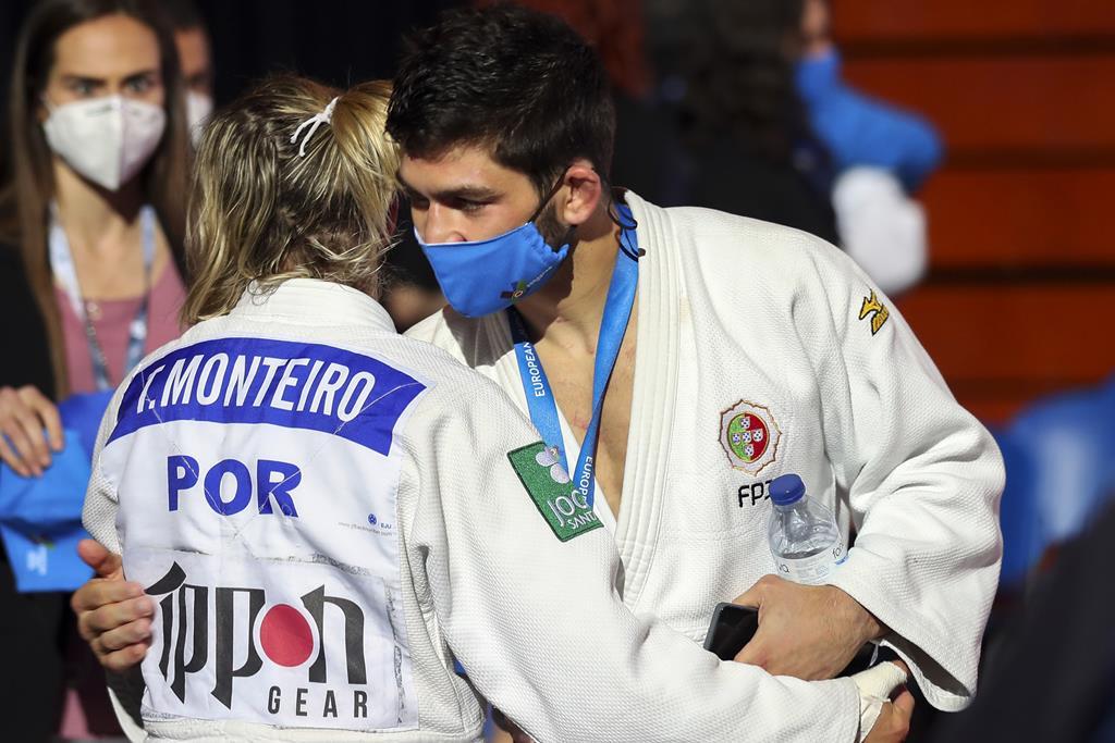 Telma Monteiro e João Crisóstomo conquistaram medalhas esta sexta-feira. Foto: Nuno Veiga/Lusa