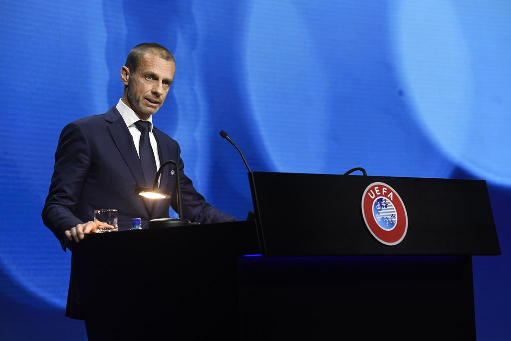 Aleksander Ceferin no Congresso da UEFA, de que é presidente. Foto: Richard Juilliart/Uefa Handout/EPA