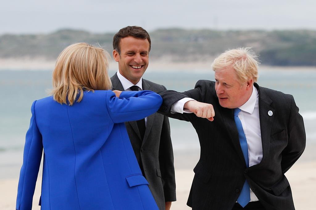 Apesar da boa disposição, o Brexit continua a ser pedra no sapato nas conversações entre França e Grã-Bretanha.Foto: Phil Noble / Pool/EPA