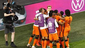 Depay e Dumfries colocam a Holanda nos oitavos de final do Euro 2020