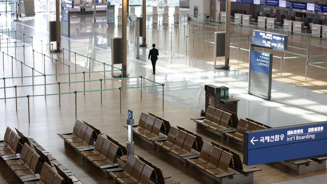 Incheon, Coreia do Sul. A sala de partidas vazia, no Aeroporto Internacional de Incheon. Foto: Yonhap/EPA
