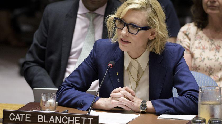 """""""Nada me poderia ter preparado para o sofrimento que vi"""". Cate Blanchett pede à ONU que não falhe aos rohingya"""