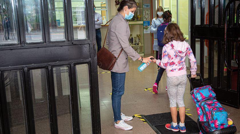 """Filinto Lima: """"Gostava que a sociedade adotasse as regras das escolas. Ajudava a conter a pandemia"""""""