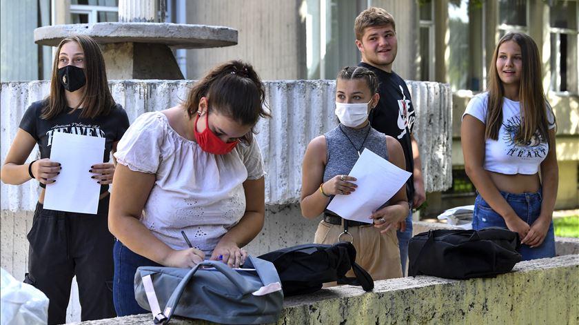 Falta de condições de segurança face à Covid-19. Sindicato anuncia pré-aviso de greve para os primeiros dias de aulas