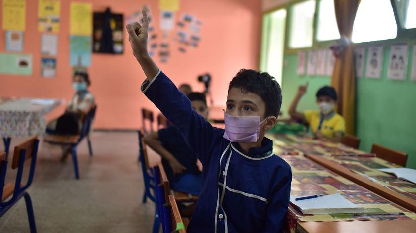 Regresso às aulas em pandemia. Tudo o que precisa de saber em 20 perguntas e respostas