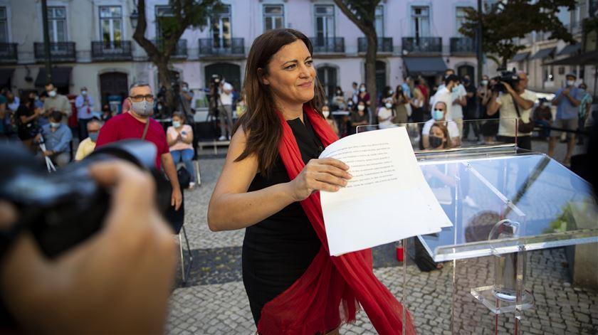 """Aumento do salário mínimo é """"reivindicação mais do que justa"""", diz Marisa Matias"""