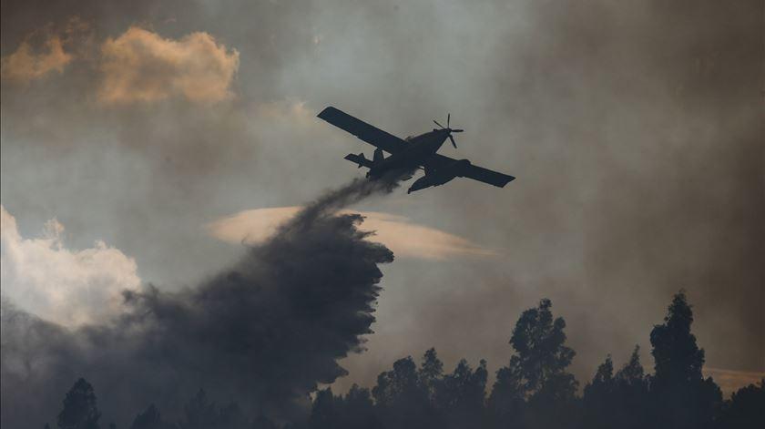 """O maior incêndio do ano está em curso. """"Falta um plano de reordenamento da floresta, é urgente legislar"""""""