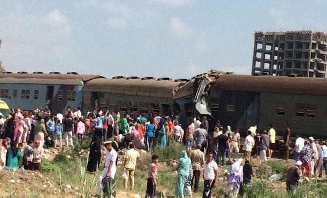 Choque de comboios faz pelo menos 36 mortos no Egito