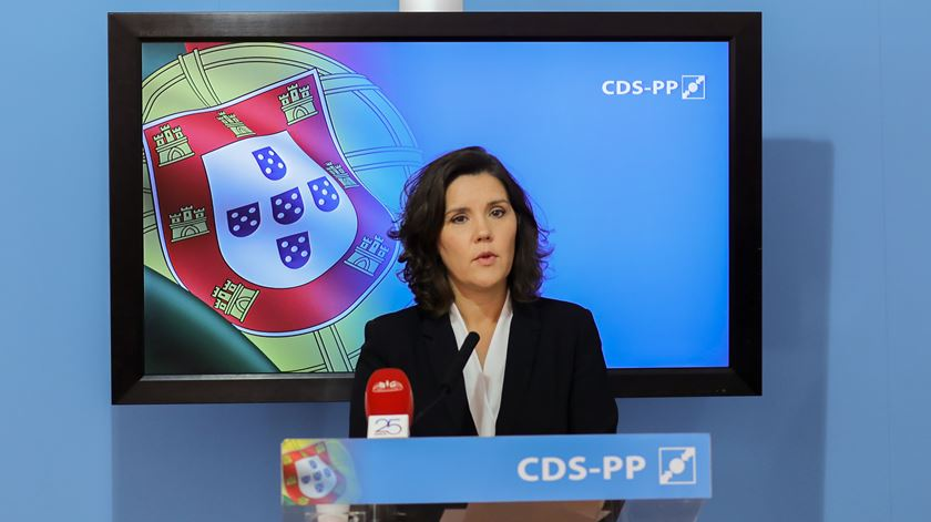 CDS perplexo com aumentos de comissões na CGD