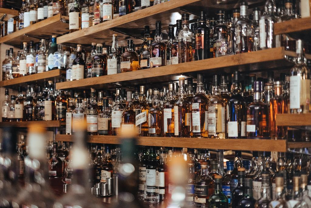 Menos de metade dos portugueses inquiridos diz ter-se embriagado ao longo dos últimos 12 meses. Foto: Adam Wilson