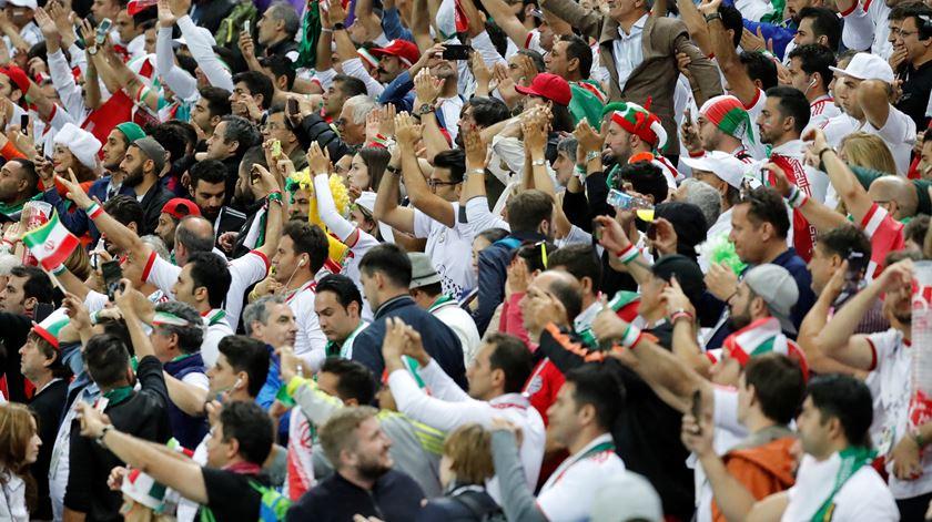 Adeptos iranianos no apoio à seleção de Carlos Queiroz, na Rússia. Foto: Toru Hanai/Reuters