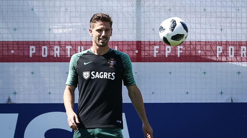 """Adrien admite: Sem Cristiano Ronaldo seria """"mais difícil"""" ir longe no Mundial"""