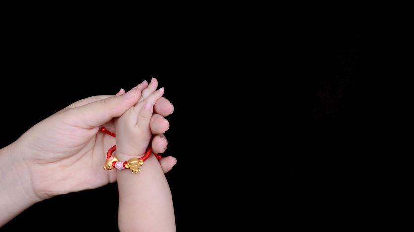 Quebra da natalidade: motivo para a alarme ou razão para celebrar?