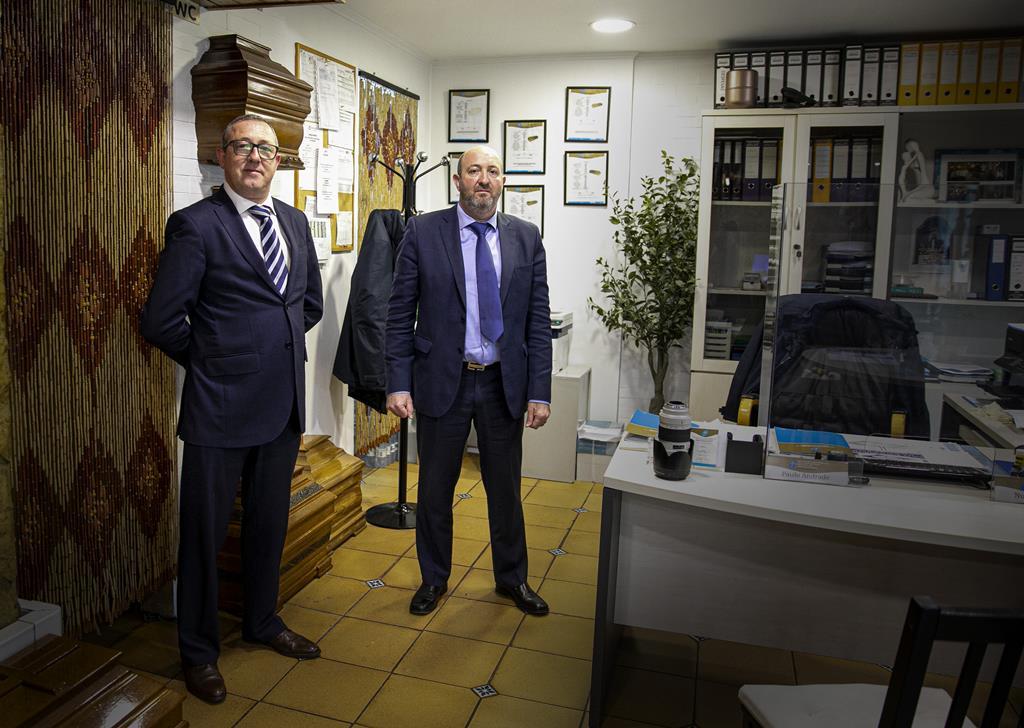 Irmãos Nuno Andrade (esquerda) e Paulo Andrade (direita) continuaram o negócio de família iniciado pelo pai, em 1974.