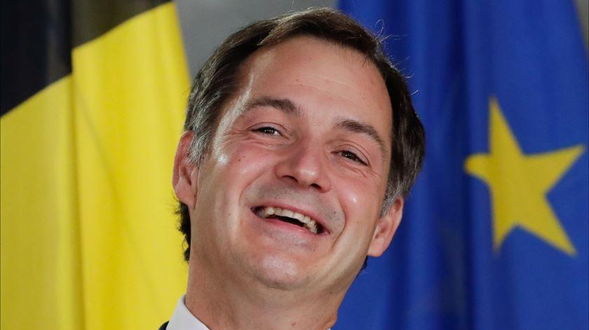 Bélgica alcança acordo para formar Governo, 16 meses após as eleições