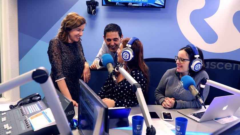 """José Figueiras invade estúdio da rádio durante """"As Três da Manhã"""""""