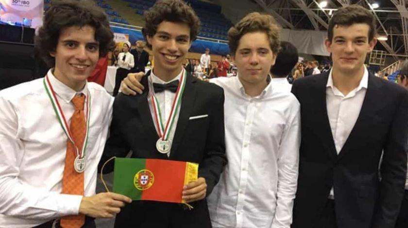 Alunos portugueses vencem medalha de bronze nas Olimpíadas Internacionais de Biologia
