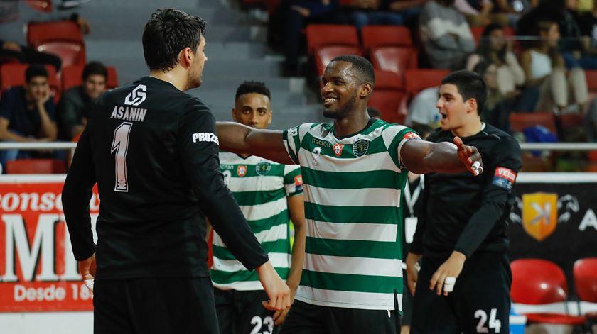 Andebol. Sporting ganha, Benfica perde