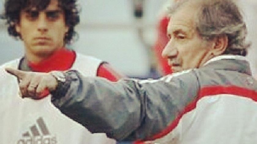 André Carvalhas no treino do Benfica, com Fernando Chalana. Foto: Instagram André Carvalhas