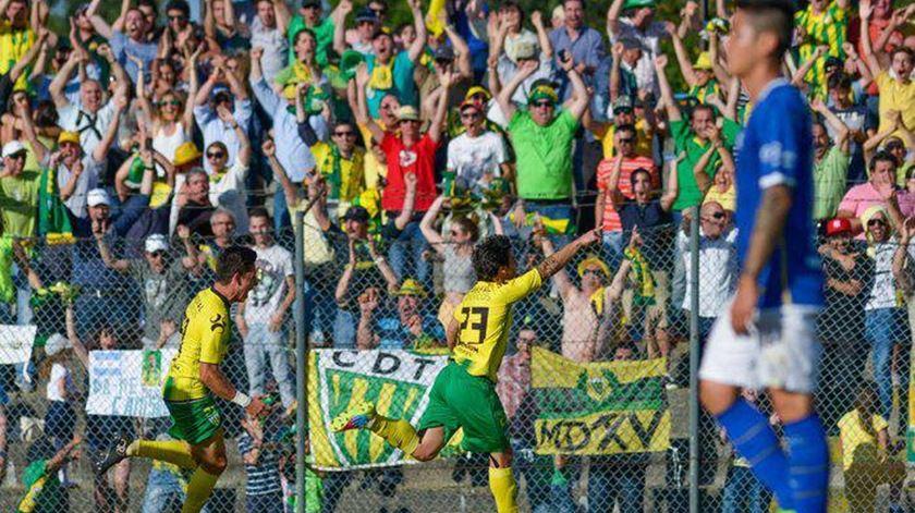 A celebração do golo de André Carvalhas. Foto: Twitter do Tondela.