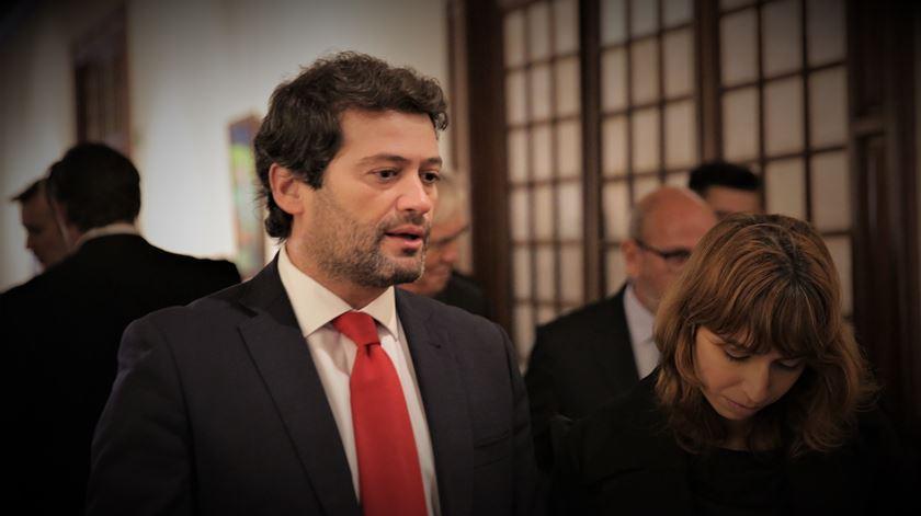 """Ventura quer que Costa diga """"se vai ou não aprovar a eutanásia em Portugal"""""""