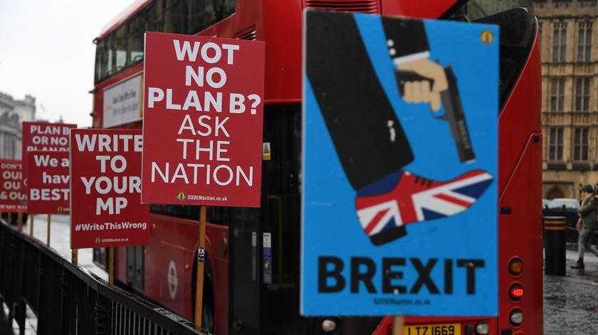 Brexit. Saída sem acordo ameaça mais de 600 mil postos de trabalho