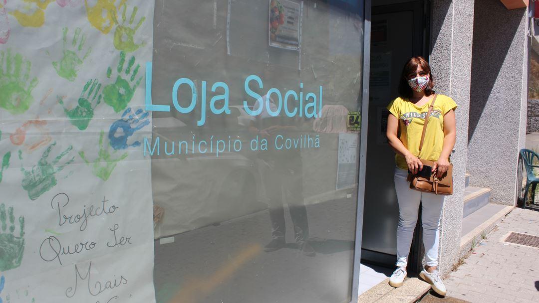 "Antónia Silvestre é coordenadora do projeto ""Quero ser mais"" e está atenta a tudo. Foto: Liliana Carona/RR"