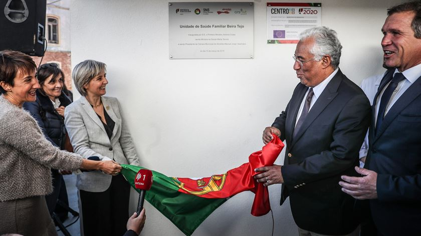 Primeiro-ministro e ministra da Saúde inauguram centro de saúde em Abrantes. Foto: Mário Cruz/Lusa