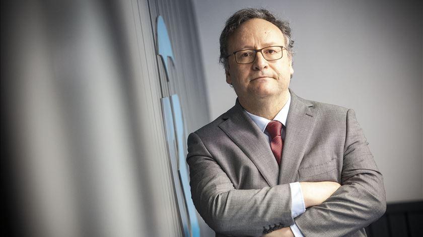 Metas podem ficar comprometidas se Bruxelas não aliviar regras orçamentais, avisa Assis