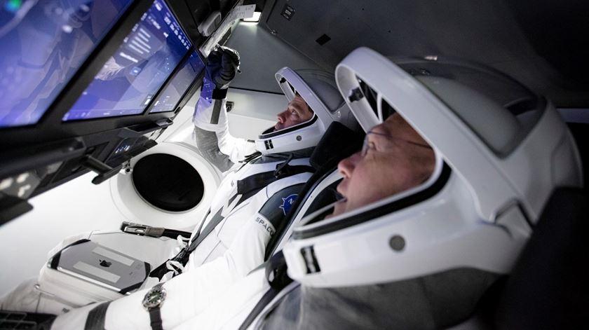 🔴 Em direto. Contagem decrescente para lançamento de foguetão com astronautas dos EUA