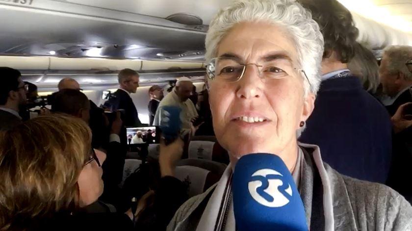 """""""Nunca desistes de vir!"""" As palavras do Papa à jornalista Aura Miguel a caminho do Panamá"""