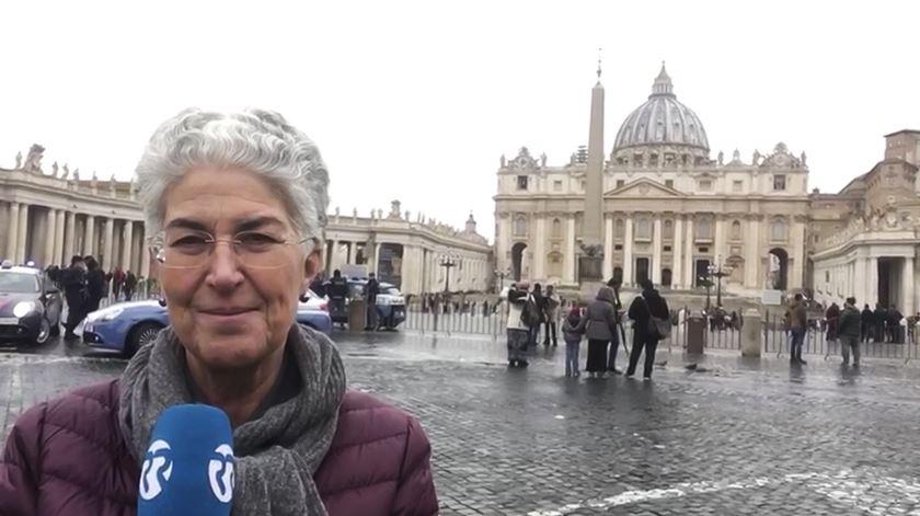 "Aura Miguel. ""Grande expectativa"" na partida da comitiva papal para o Panamá"