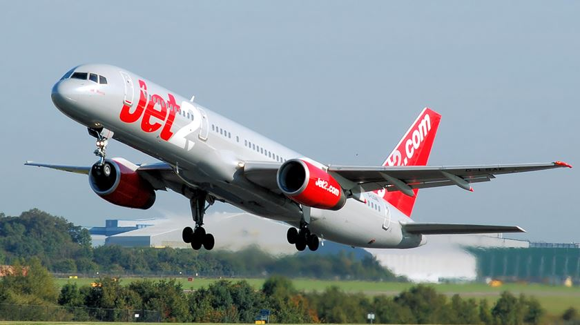 Companhia low-cost suspende voos do Reino Unido com destino a Faro