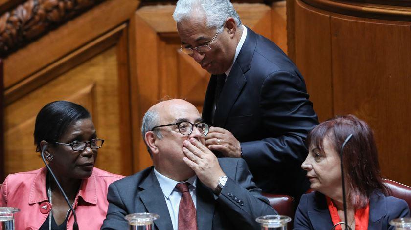 Costa nega ter sabido da encenação de recuperação das armas de Tancos
