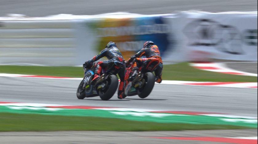 A corrida foi disputada até ao último segundo, mas o italiano levou a melhor. Foto: MotoGP/Twitter