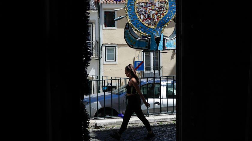 Câmara de Lisboa impõe restrições de horário a restaurantes e cafés até domingo