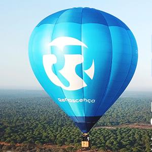 Embarque nesta aventura num balão de ar quente!